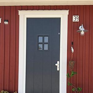 kvist-huisje-deur-detail-300x300